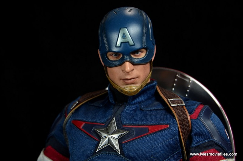 Hot Toys Avengers Age of Ultron Captain America - portrait close up