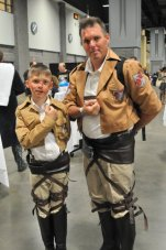 Awesome Con 2015 cosplay Day 2- Attack on Titan duo