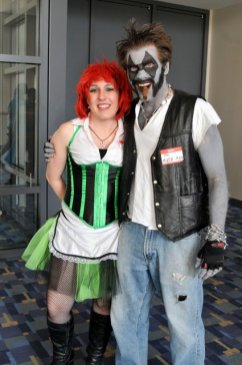 Awesome Con 2015 cosplay Day 2- Poison Ivy and Loki