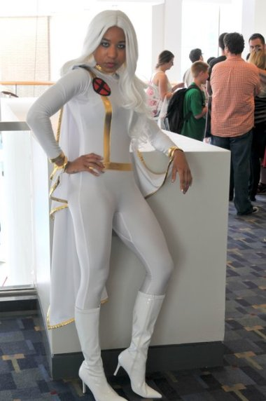 Awesome Con 2015 cosplay Day 2- Storm