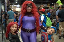 Awesome Con 2015 cosplay Saturday - Black Black Widow, Madusa and Captain America