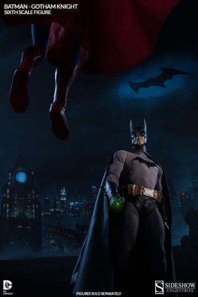 Batman Gotham Knight Sideshow - ready for Superman
