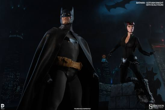 Batman Gotham Knight Sideshow - with Catwoman