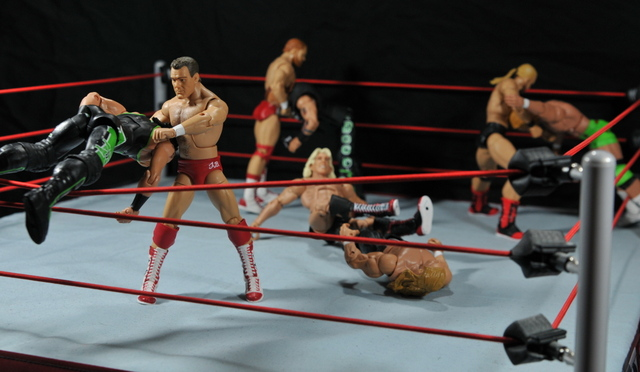 Four Horsemen figure review - Four Horsemen vs DX