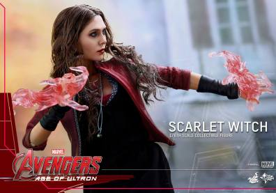 Hot Toys Avengers Age of Ultron Scarlet Witch figure - ready for battle