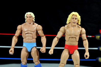 Ric Flair Defining Moments figure review - head difference with Jakks Deluxe Classics