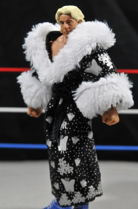 Ric Flair Defining Moments figure review - robe side