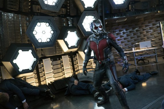 Ant Man - Ant-Man fighting