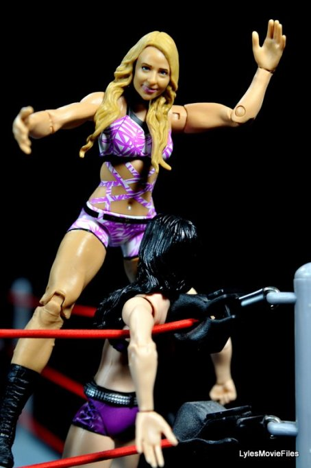 Emma WWE Mattel Basic 30 -on top turnbuckle