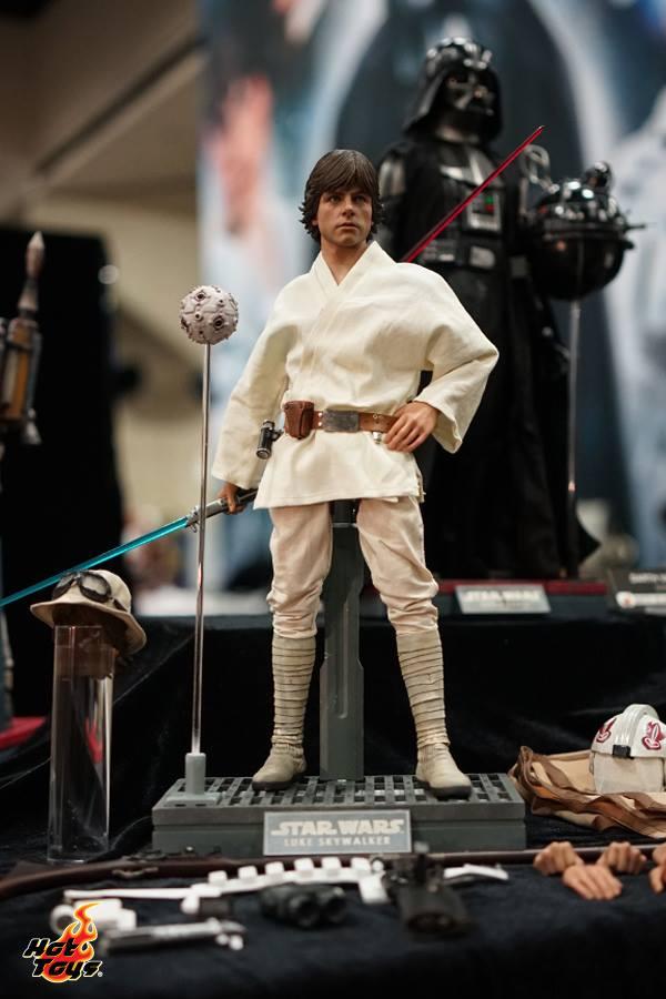 Hot Toys SDCC15 Luke Skywalker Lyles Movie Files