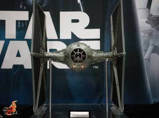 Hot Toys SDCC'15 - Star Wars Tie Fighter