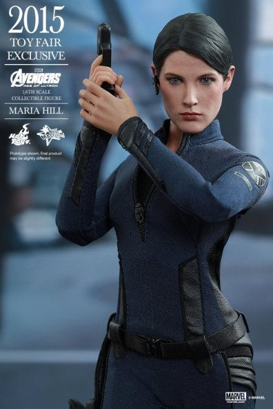 Maria Hill Avengers Age of Ultron Hot Toys figure -holding gun up