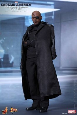 Hot Toys Captain America Winter Solider Nick Fury figure -arm in sling