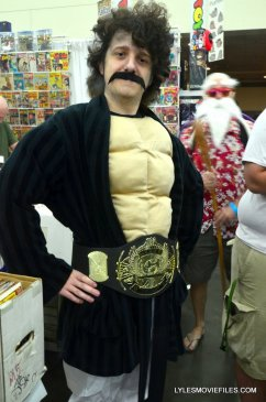 Baltimore Comic Con 2015 cosplay - The Champ is here