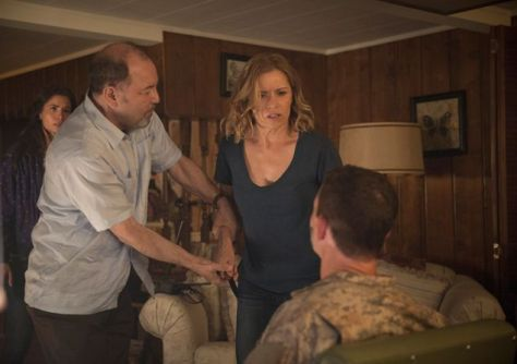 fear-the-walking-dead-episode-105-daniel and madison