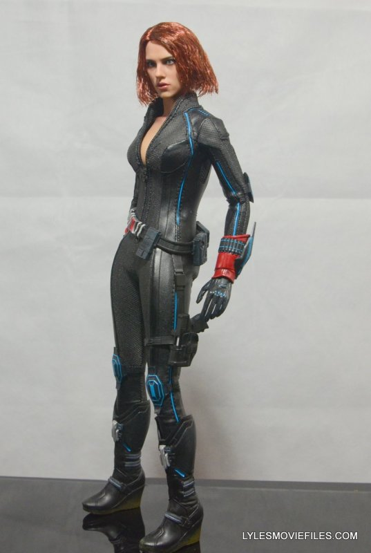 Hot Toys Avengers Age Of Ultron Black Widow Left Detail
