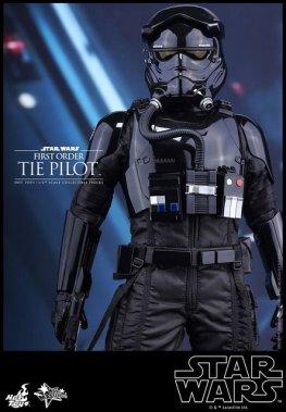 Hot Toys Star Wars Force Awakens Tie Pilot -close straight shot