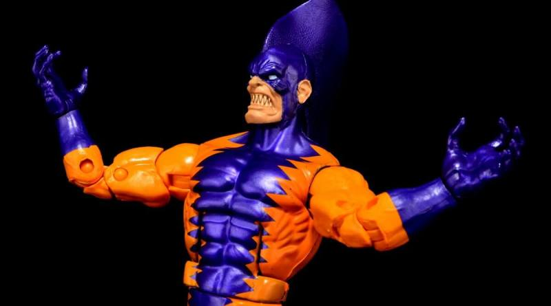 Tiger Shark Marvel Legends - arms out