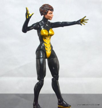Wasp Marvel Legends figure review -right detail