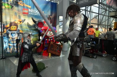 New York Comic Con 2015 cosplay -Game of Thrones the Hound and the Mountain