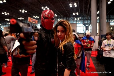 New York Comic Con 2015 cosplay - Red Hood and Black Canary