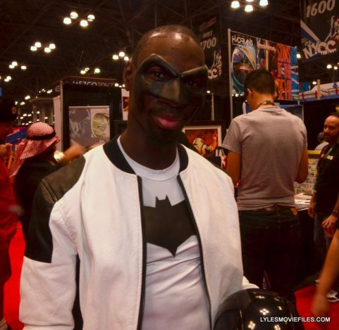 New York Comic Con 2015 cosplay -white and black Hood 2