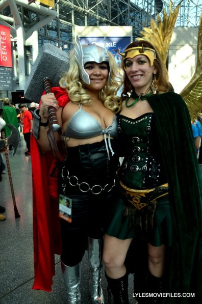New York Comic Con cosplay - Thor and Loki