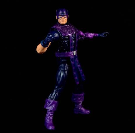 hawkeye-marvel-legends-figure-review -full figure shot