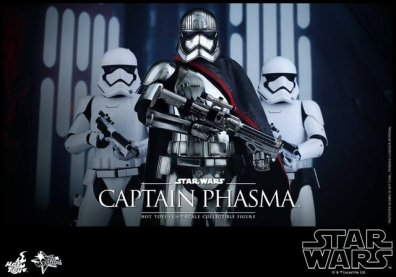 Hot Toys Force Awakens Capt Phasma - with troopers