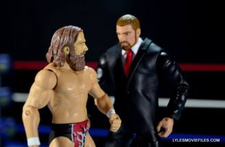 mattel-wwe-battle-pack-triple-h-vs-daniel-bryan-intimidation