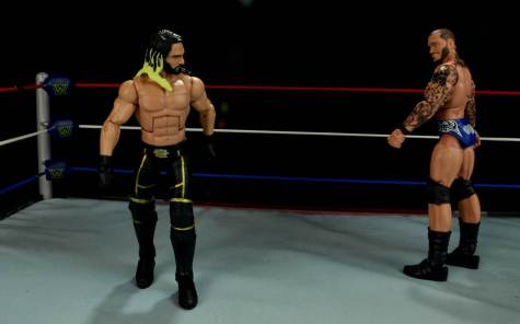 Seth Rollins Mattel exclusive -sizing up Randy Orton