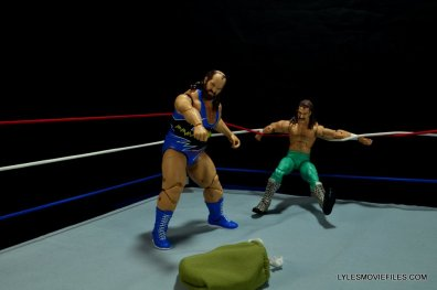 WWE Mattel Earthquake -taunting Jake the Snake Roberts-001