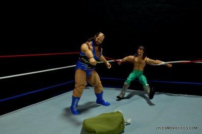 WWE Mattel Earthquake -taunting Jake the Snake Roberts-001