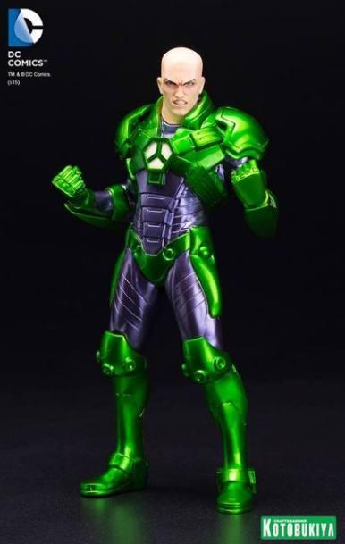 DC-New-52-Lex-Luthor-ARTFX-Statue-001