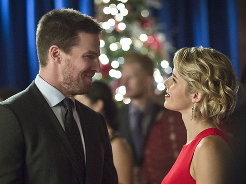 arrow-dark-waters-recap-oliver-felicity