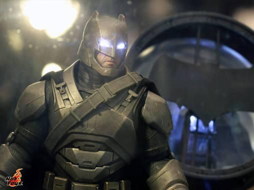 Batman armored Batman v Superman Dawn of Justice figure Hot Toys