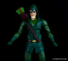dc-icons-green-arrow-longbow-hunters-figure-review-wide-shot