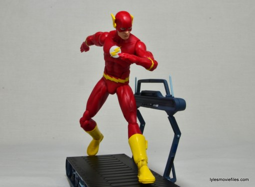 DC Icons The Flash figure review - running on cosmic treadmill