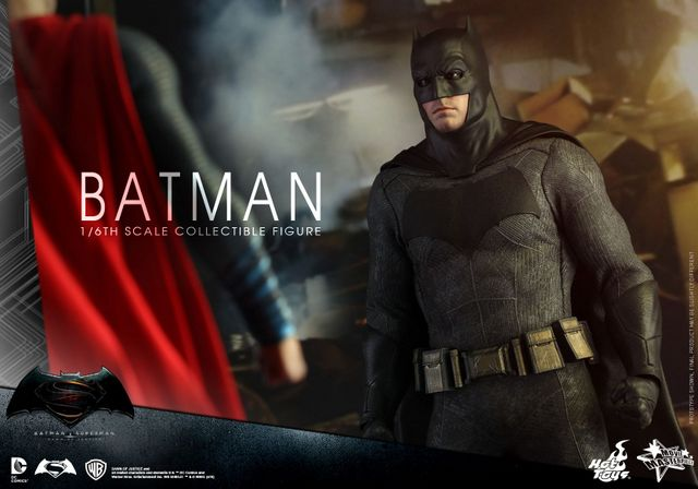 hot-toys-batman-v-superman-batman-stare-down-superman