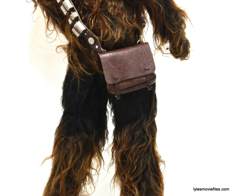Hot Toys Han Solo and Chewbacca review -Chewbacca satchel closeup