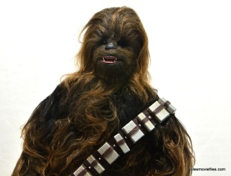 Hot Toys Han Solo and Chewbacca review -Chewbacca wide