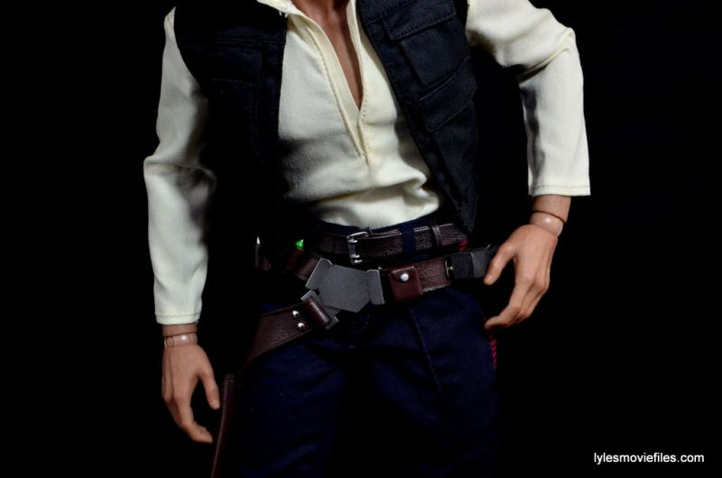Hot Toys Han Solo and Chewbacca review -Han belt closeup