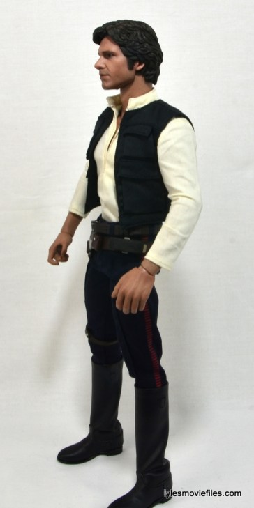 Hot Toys Han Solo and Chewbacca review -Han Solo left side