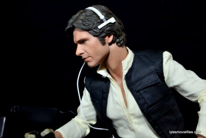 Hot Toys Han Solo and Chewbacca review -headset left side