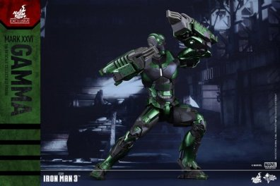 iron-man-gamma-armor-hot-toys-figure-wide-stance
