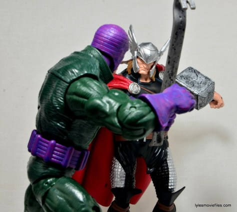 Marvel Legends Thor figure review -fighting Wrecker