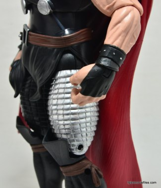 Marvel Legends Thor figure review -gauntlet detail