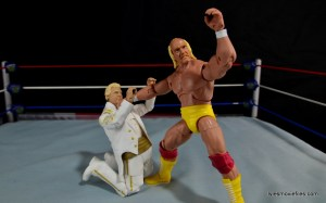 Mattel WWE Heenan Family set action figures review -Bobby begging off from Hogan