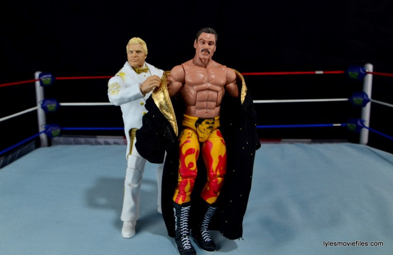 Mattel WWE Heenan Family set action figures review -Bobby Heenan helping Rick Rude