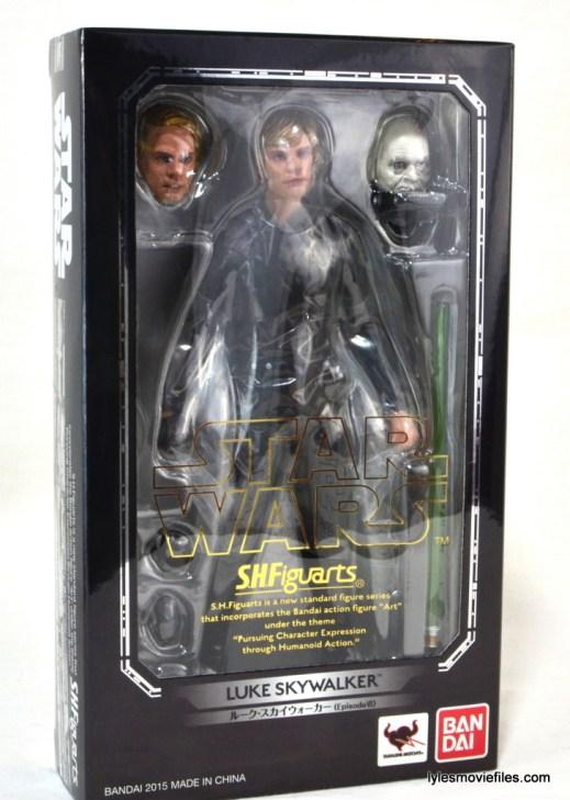 SH Figuarts Luke Skywalker figure review - front package